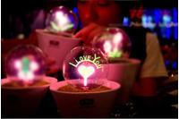 Đèn I Love You.