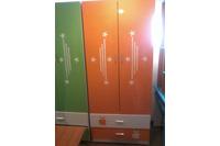 tủ  để quần áo trẻ em V1900 màu cam.