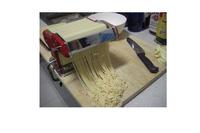 Máy cán bột, làm mỳ sợi gia đình bền đẹp, gọn thuận tiện, .