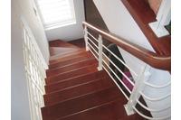 Cầu thang sắt PT1.