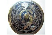 Mặt trống đồng hình bản đồ Việt Nam-khung go.