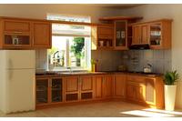 MSP 062: Mẫu tủ bếp gỗ tự nhiên sồi nga sơn pu vân gỗ sang tr.