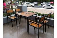 Ghế cafe sắt gỗ.