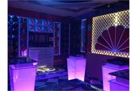 Chuyên cung cấp bàn kính karaoke giá rẻ, chất lượng tốt.