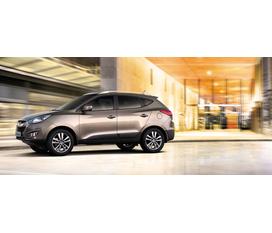 TIN HOT......Hyundai Thăng Long có 1 lô xe Santafe,Tucson đủ màu có đủ giấy tờ cùng với giá cực tốt va khuyến mại nhiều