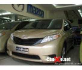 Toyota Siena LE 2011 Full option