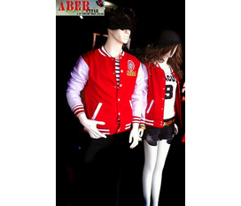 Teen với áo khoác bóng chày style HÀN