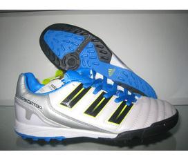 Thanh lý giày thể thao chào Noel 2011