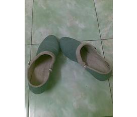 Thanh lý nốt 1 đôi giày