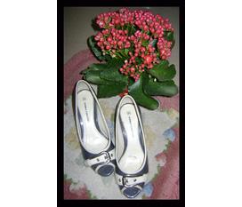 Thanh lý giày dép nữ Hàng 2hand Giá cực rẻ