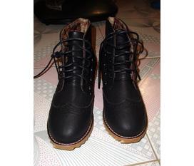 Combat boots cá tính đây