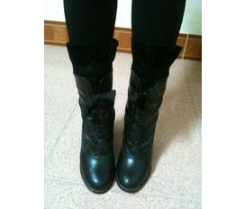 Bán gấp 1 đôi boots da 7F new 100% giá 350k