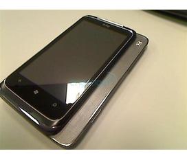 Cần bán HTC 7 Surround T8788 HTC Mondrian