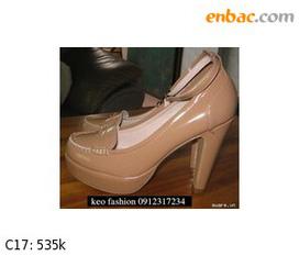 Thanh Lí em giày miu miu hottrend......