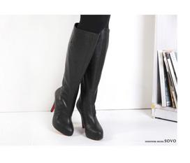 Chọn boot cổ cao cho từng loại trang phục