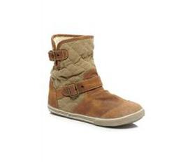 GIÀY MẪU XUẤT KHẨU Boots và bata.Hàng cực đẹp giá tốt nhất.