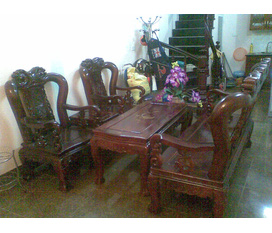 Thanh lý gấp bộ bàn ghế Minh Đào Trụ 11 giá rẻ. Bằng gỗ gụ