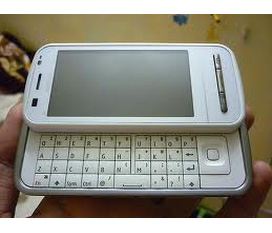 Nokia c6 00 full box bảo ahnhf dài bán 2tr9