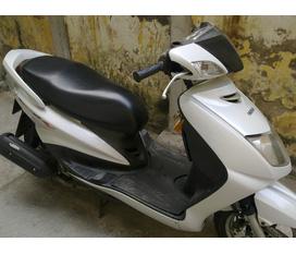 Yamaha Cygnus X4V mầu trắng