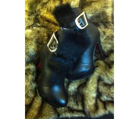 Bán nhak 2 đôi boot lông new 100% giá rẻ