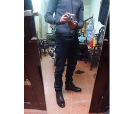 Boot da Clark, giầy prada, kính Ray ban, updating...