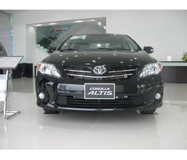 Toyota Corolla Altis 1.8 MT xe giao luôn