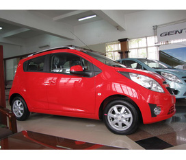 Chevrolet Spark LS,LT1.2 M300 giao xe trong ngày