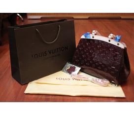 TẾT đến sale kịch liệt các mẫu túi xách hàng fake1..LV brea epi,Lv Brea ..