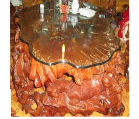 Bộ bàn ghế làm từ gốc gù hương