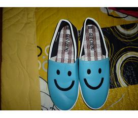 Giày mặt cười xanh biển...