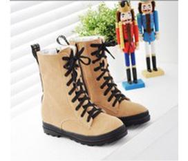 Combat boots cực cá tính cho các teengirl tung tăg trong những ngày Tết nhé
