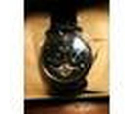 Duy nhất 1 chiếc đồng hồ :X