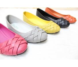 Giày búp bê siêu xinh, siêu lung linh diện Tết