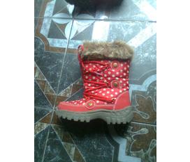 Giày dép bốt đủ loại nha đã giảm giá một loạt....vào đi cho mình đắt hàng
