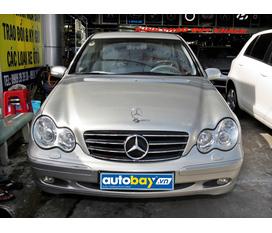 Cần bán xe Mercedes C200 model 2003