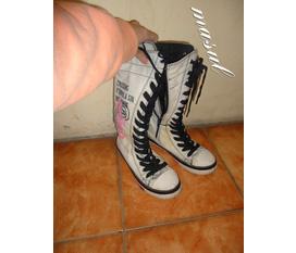 Bán nhanh đôi giày cá tính sjze 37