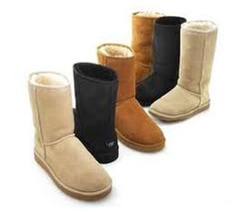 Boots đẹp, new 100%, giá rẻ đây...