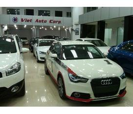 Vip: Audi A1 Hatchback 3 cửa,trắng,đỏ,nâu giao ngay. Audi Q5 Full opt,màu trắng,bạc. Giao giá gốc