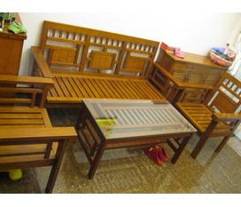 Chào xuân với: Bộ bàn ghế gỗ sồi Nga mới 99%, giá rẻ bất ngờ