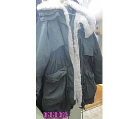 Duy nhất 1 em áo Military xanh quân đội hiệu Nearby Hàn Quốc mà sao Hàn cực chuộng đây :D