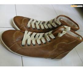 1 đôi giầy da cao cổ duy nhất size 38