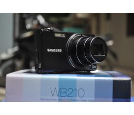Samsung WB 210 siêu zoom cực đỉnh, màn hình cảm ứng 3,5 inch