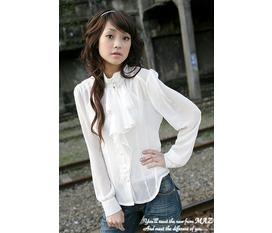 Bán lỗ vốn nốt Áo cổ lông Áo vest tay lỡ color block: sale k có hàng kém chất lượng nhé giá rẻ bất ngờ