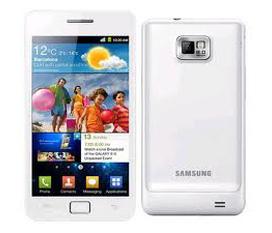 Cần bán samsung Galaxy S2 i9100,hàng Cty BH 25/12/2012,máy mầu trắng,đẹp98%,nguyên hộp,giá:9t5.