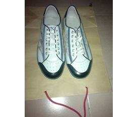 Mình cần bán 1 đôi giày hiệu CK size 38 hoặc 39 đều đi vừa hàng sách tay singabo100%