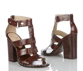 Những mẫu giày và sandal hàng hiệu mới nhất mùa Xuân Hè 2012 từ shop ZETA: Coach, Calvin Klein, BCBG, Raph Lauren...