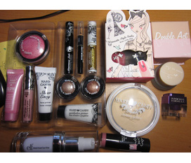 Update 10.2: các loại mỹ fẩm :2 set makeup Hard Candy,primer ELF,sơn móng etude,gel kẻ mắt NR,phấn bắt sáng,2light ...:x