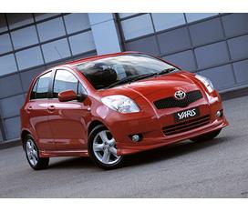 Bán xe ô tô Toyota Yaris Hachback số sàn Nhập khẩu nguyên chiếc Châu Âu Màu : Trắng, Đỏ