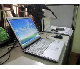 Nhượng laptop 3,5tr dualcore FUJITSU LIFEBOOK nhật xịn ,bền ,đẹp ,rất nhẹ