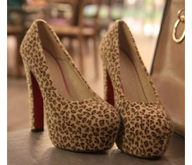 Những mẫu giày new, hot nhất xuân hè 2012, nhah tay Order diện thêm xinh nhé...